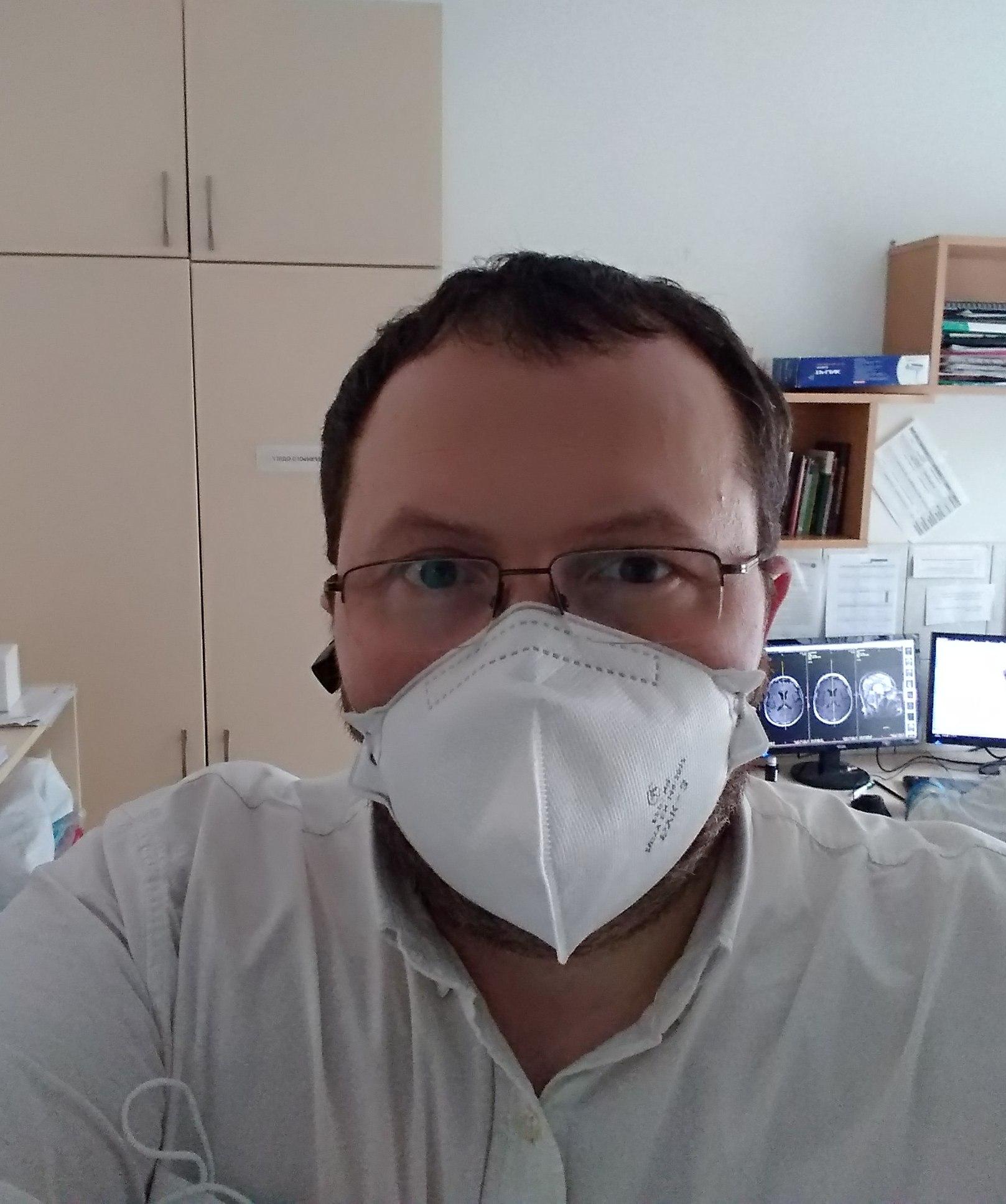 Навіщо потрібен карантин та самоізоляція при коронавірусній пандемії? Що далі... Haborets clinic